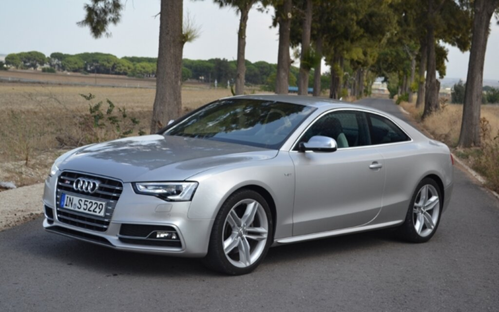 2013 audi a5 2 0 tfsi premium quattro specifications the car guide. Black Bedroom Furniture Sets. Home Design Ideas