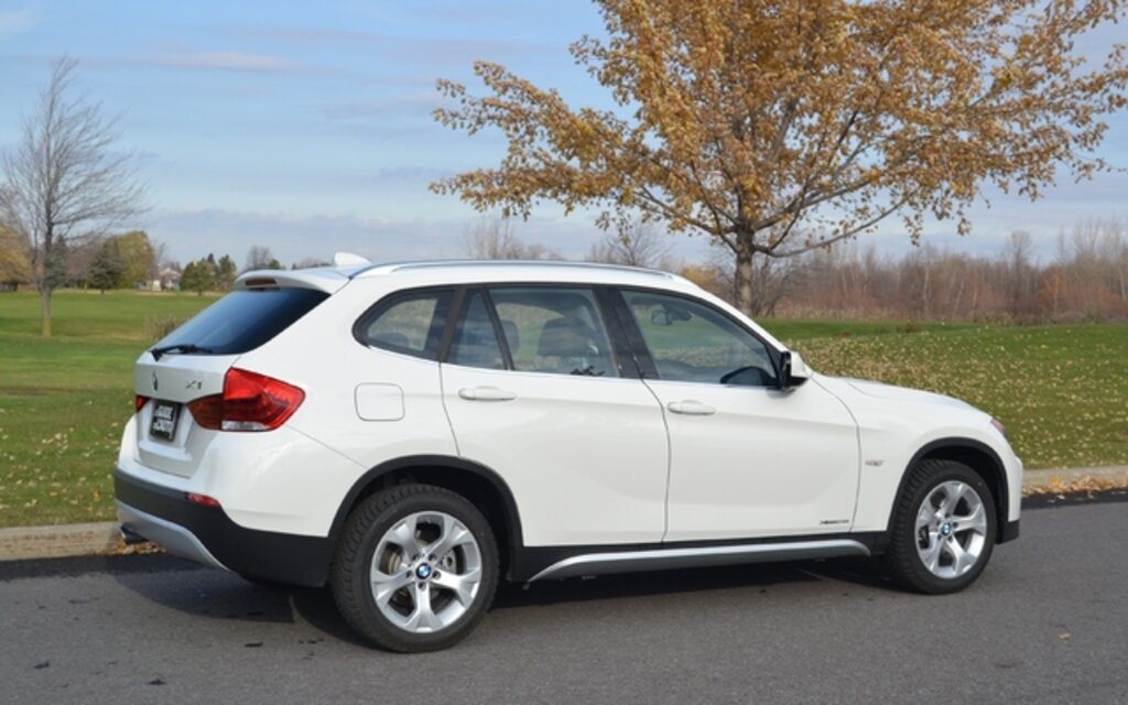 2013 bmw x1 xdrive 28i specifications the car guide. Black Bedroom Furniture Sets. Home Design Ideas