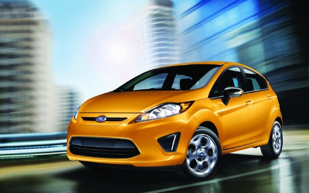 valuation ford fiesta 2013 guide auto. Black Bedroom Furniture Sets. Home Design Ideas