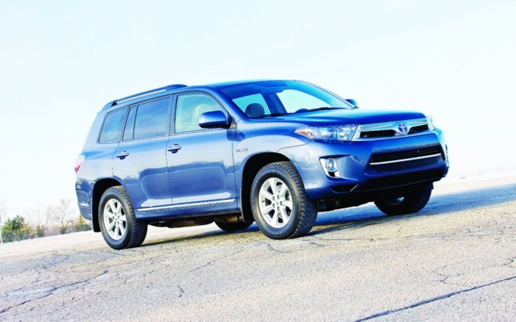 Toyota Highlander. All Photos