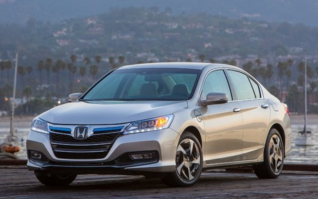 2014 Honda Accord LX Sedan   Price, Engine, Full Technical Specifications    The Car Guide / Motoring TV