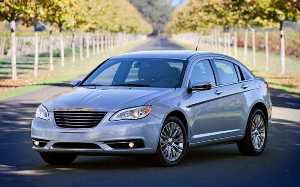 Chrysler 200 2014 specs