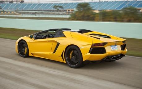 2014 Lamborghini Aventador. 1