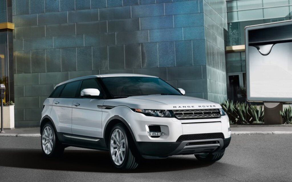 2014 land rover range rover evoque news reviews picture galleries and videos the car guide. Black Bedroom Furniture Sets. Home Design Ideas