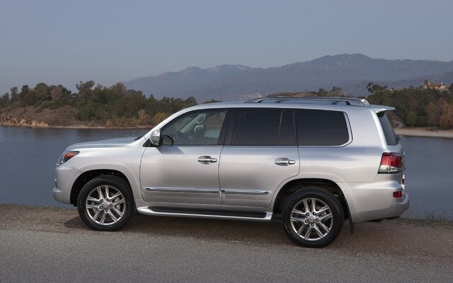 2014 Lexus LX LX 570 Specifications - The Car Guide