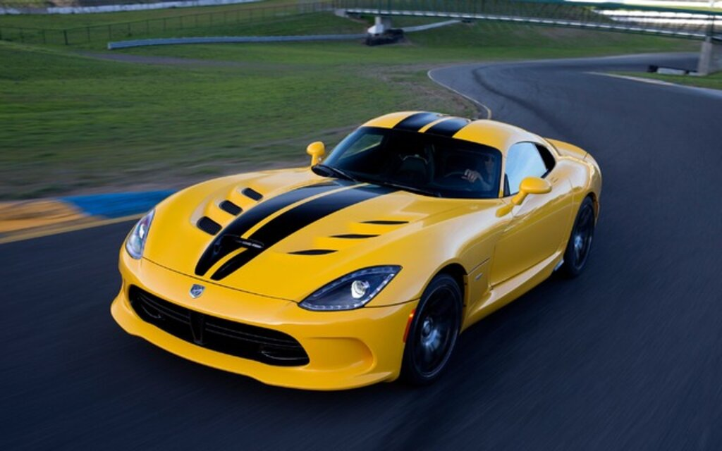sp cifications dodge viper base 2014 guide auto. Black Bedroom Furniture Sets. Home Design Ideas