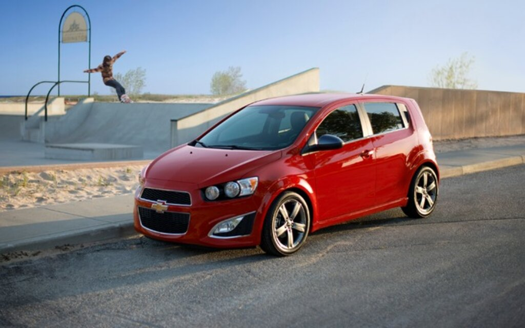 2015 Chevrolet Sonic News Reviews Picture Galleries And Videos