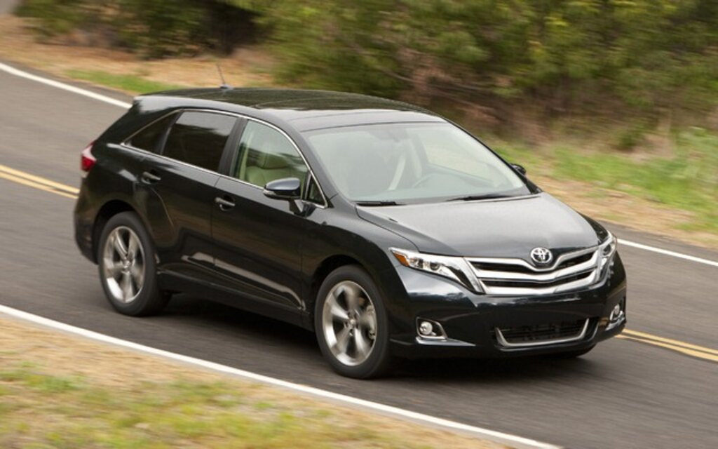 Beautiful Toyota Venza. All Photos