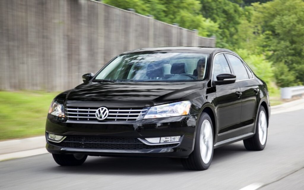 2015 volkswagen passat tdi comfortline specifications the car guide. Black Bedroom Furniture Sets. Home Design Ideas
