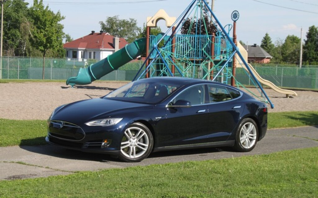 2015 Tesla Model S 85 Specifications - The Car Guide