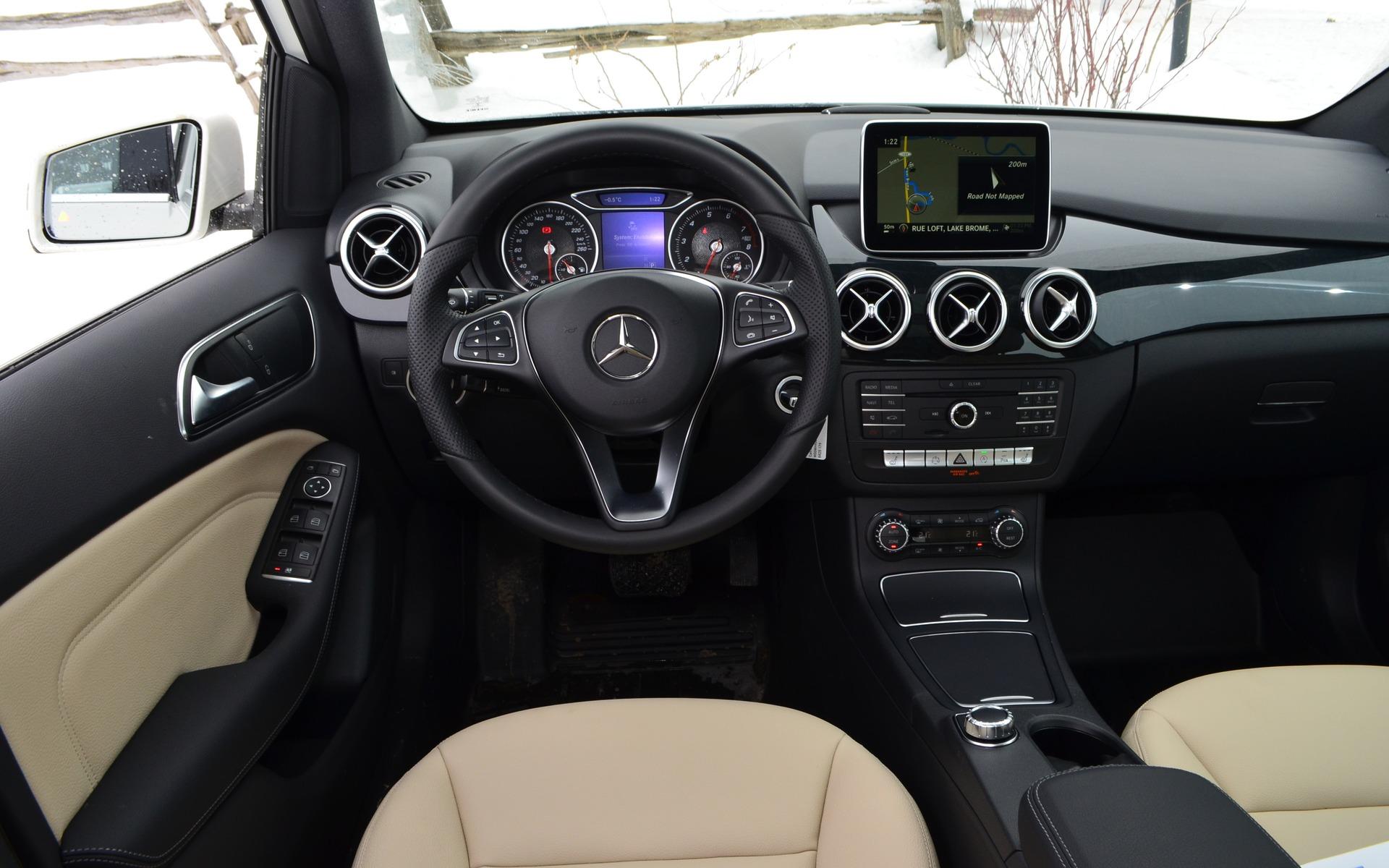 Mercedes Benz Dealers >> 2015 Mercedes-Benz B-Class photos - 9/14 - The Car Guide