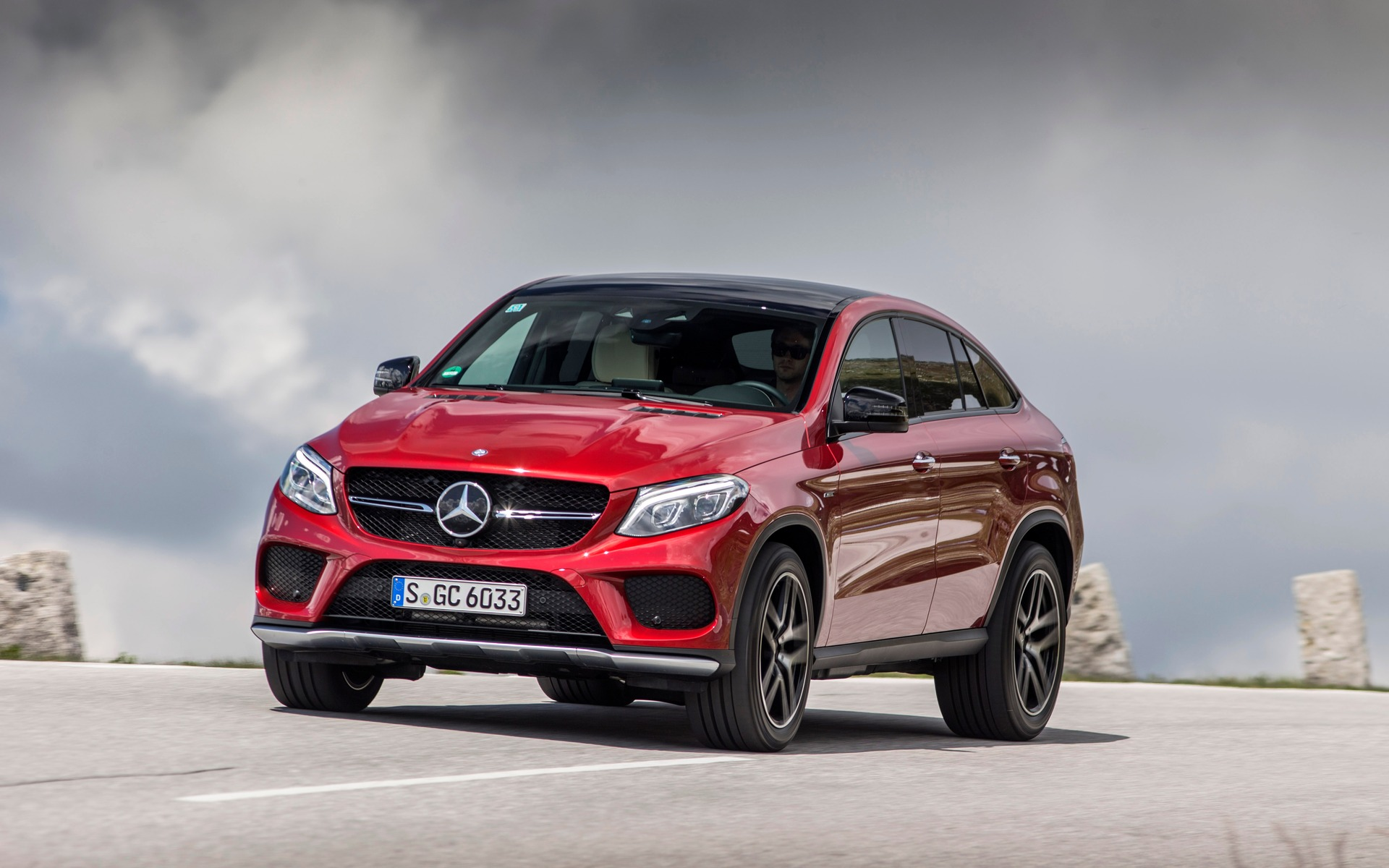 2016 mercedes benz gle class 350d 4matic specifications the car guide. Black Bedroom Furniture Sets. Home Design Ideas
