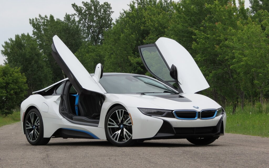 2016 bmw i8 base specifications the car guide. Black Bedroom Furniture Sets. Home Design Ideas