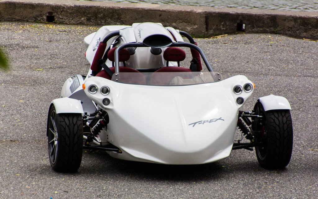 2016 Campagna Motors T-Rex 16S Base Specifications - The Car Guide