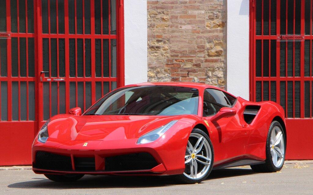 Ferrari 2016 Pret >> 2016 Ferrari 488 Gtb Specifications The Car Guide
