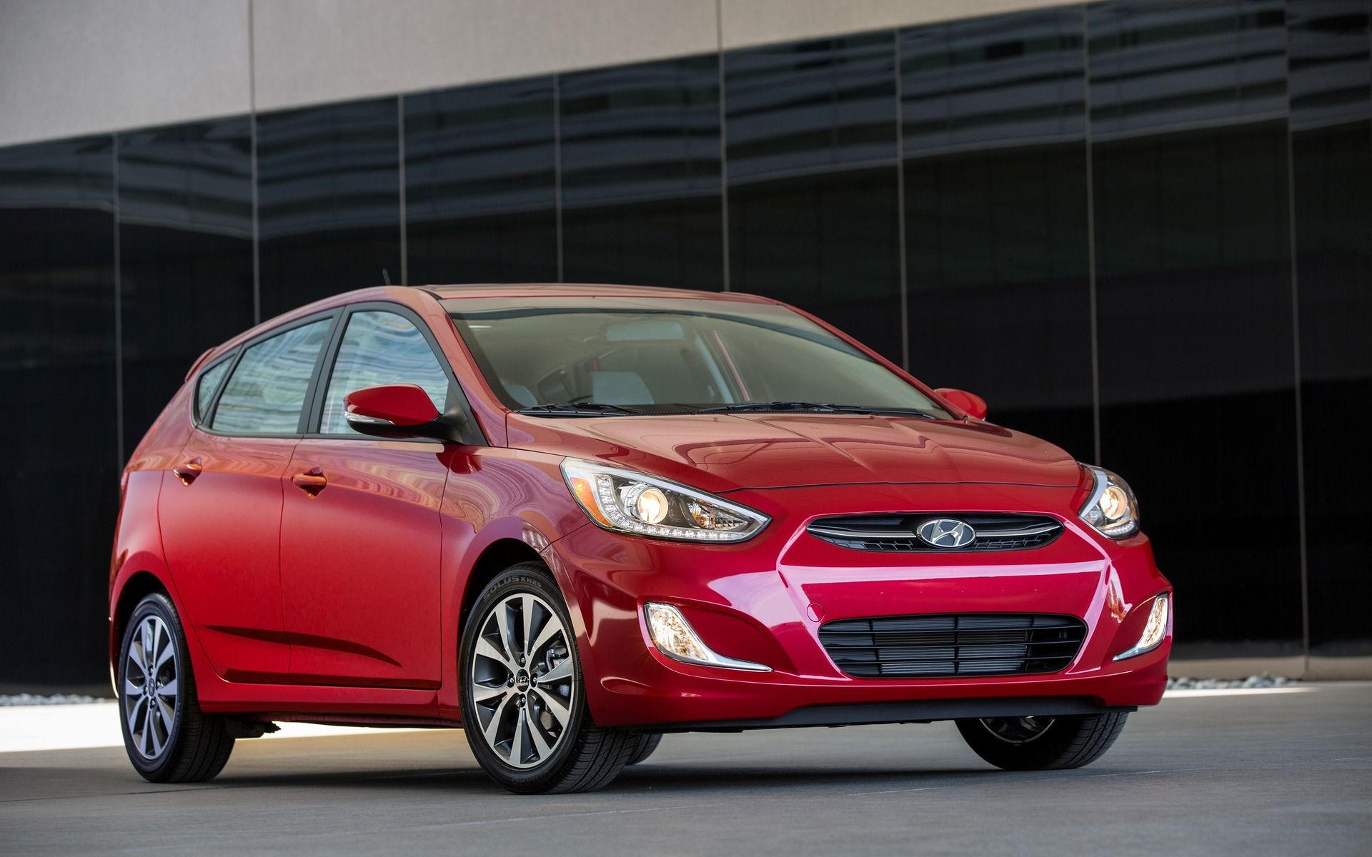 vehicle from dfg hyundai accent sedan aurora at available now