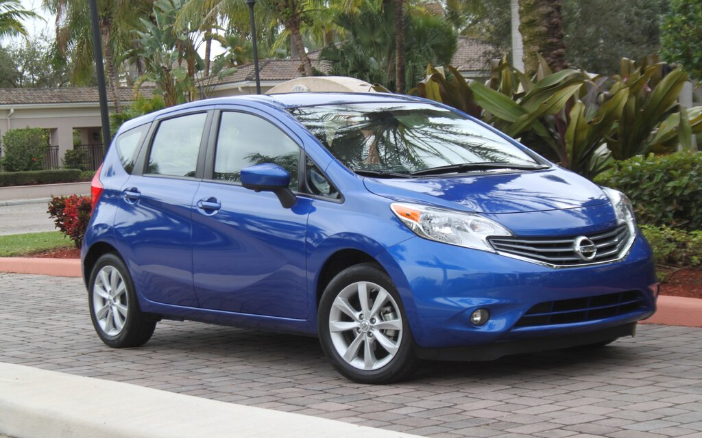 2016 nissan versa note s hatchback specifications - the car guide