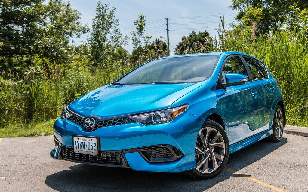 2016 scion im news reviews picture galleries and videos the car guide. Black Bedroom Furniture Sets. Home Design Ideas