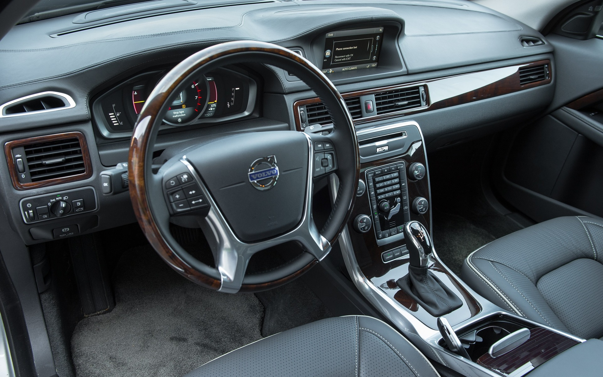 2016 Volvo S80 >> 2016 Volvo S80 Photos 4 5 The Car Guide