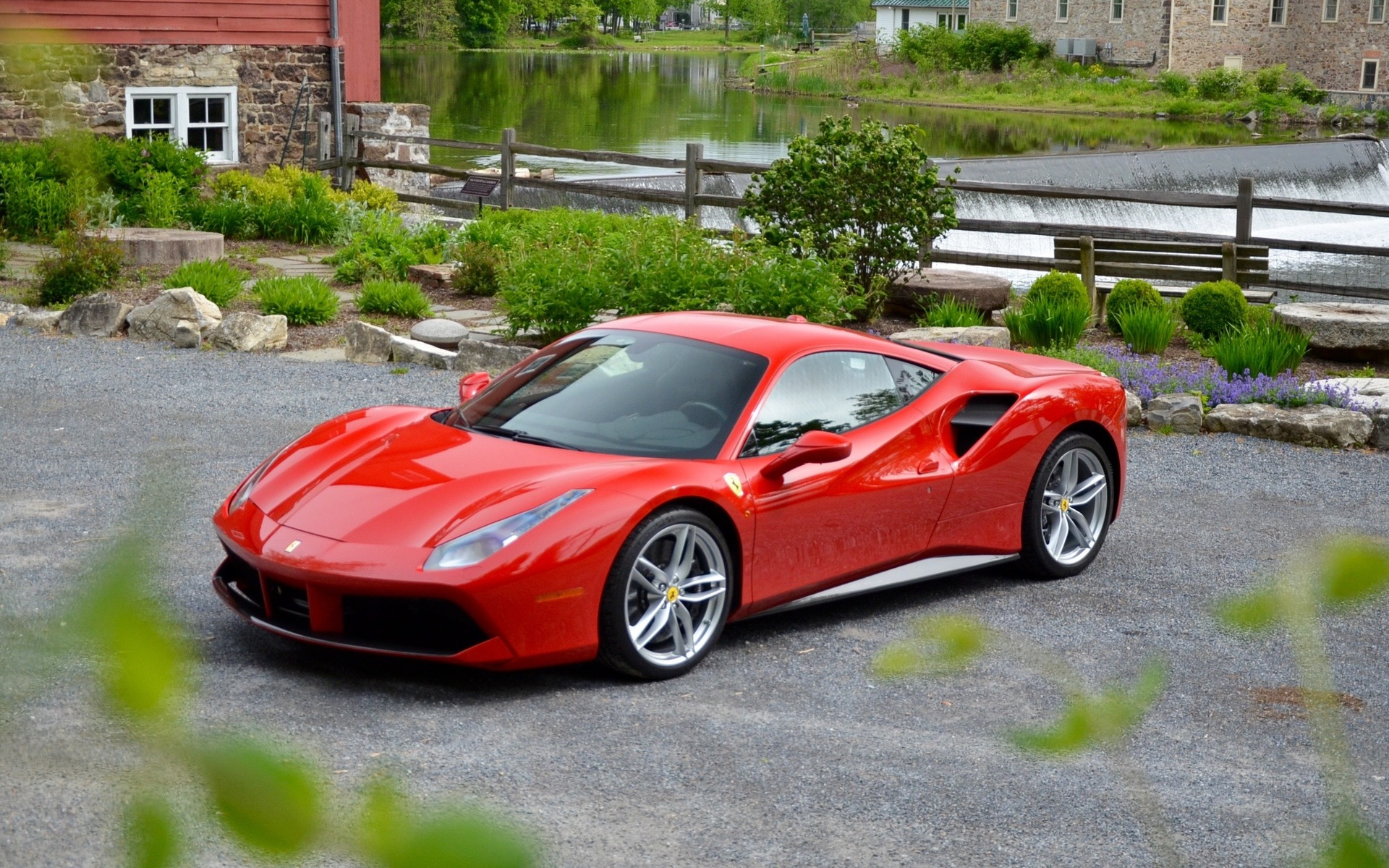 2017 ferrari 488 gtb specifications the car guide. Black Bedroom Furniture Sets. Home Design Ideas