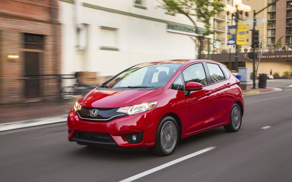 2017 Honda Fit DX Specifications