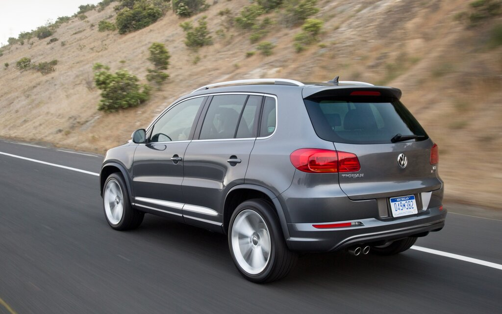 2017 volkswagen tiguan trendline specifications the car guide. Black Bedroom Furniture Sets. Home Design Ideas