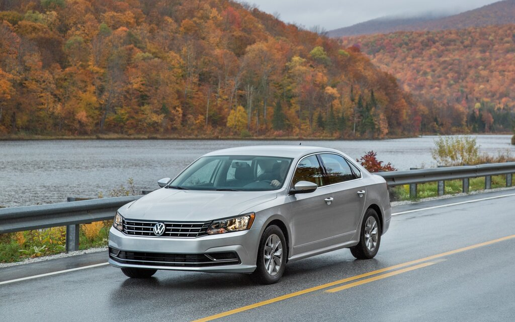2017 volkswagen passat highline 3 6 specifications the car guide. Black Bedroom Furniture Sets. Home Design Ideas