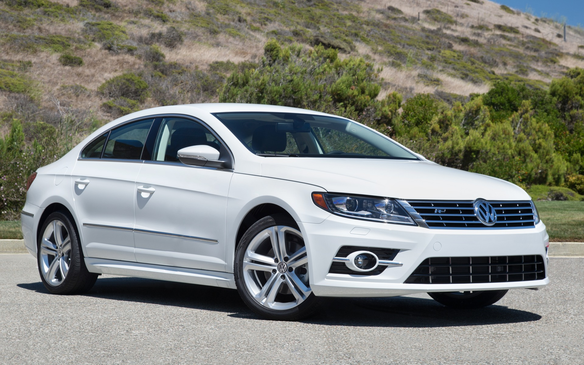 2017 Volkswagen Cc Photos 1 3 The Car Guide Audi A Fuse Box