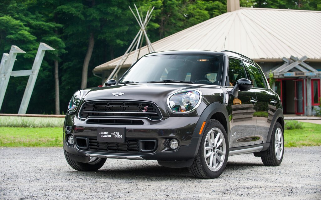 2017 Mini Countryman News Reviews Picture Galleries And Videos