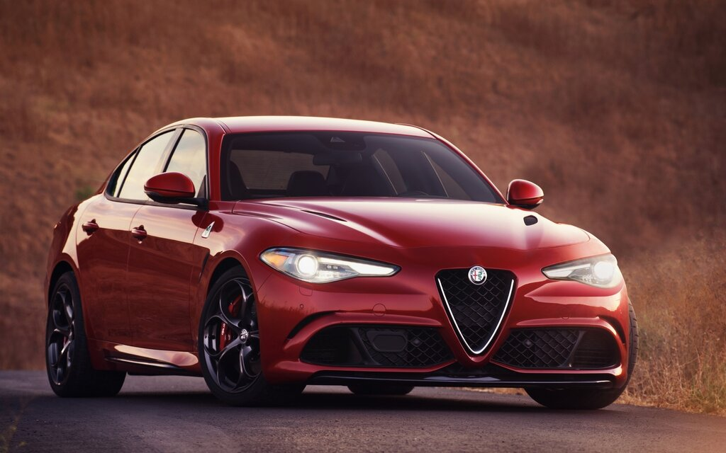 2017 Alfa Romeo Giulia Ti Specifications - The Car Guide