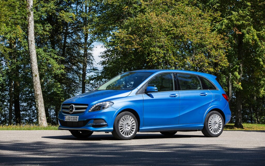 2017 mercedes benz b class b250 4matic specifications for Mercedes benz b class specifications