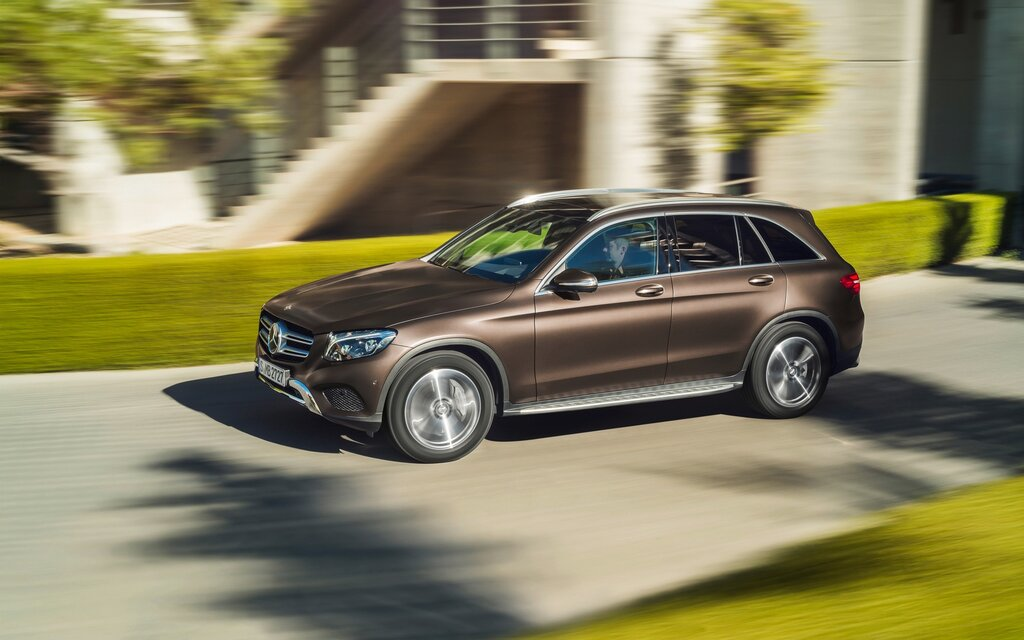 2017 mercedes benz glc class 300 4matic specifications