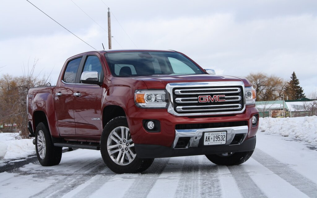 2017 gmc canyon news reviews picture galleries and videos the car guide. Black Bedroom Furniture Sets. Home Design Ideas