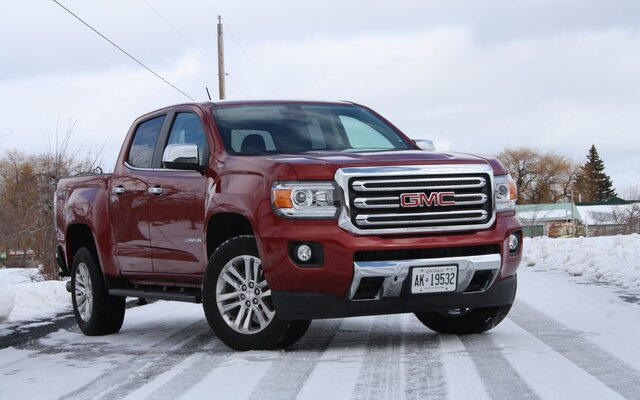 2017 Gmc Canyon News Reviews Picture Galleries And Videos