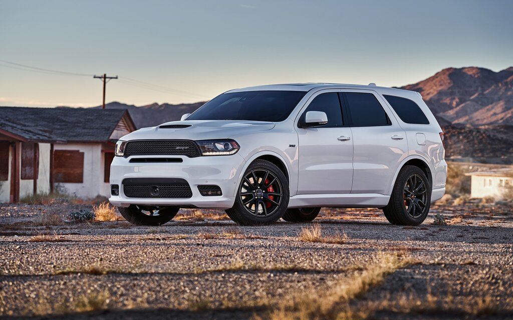 dodge durango 2018 essais actualit galeries photos et vid os guide auto. Black Bedroom Furniture Sets. Home Design Ideas