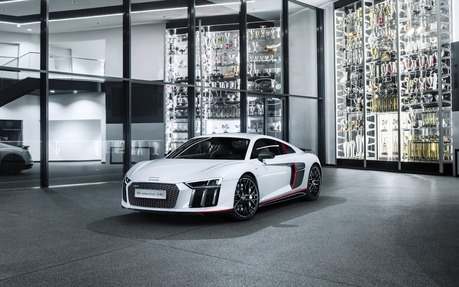 Audi R V Coupe RWS Price Engine Full Technical - Audi r8 2018 price