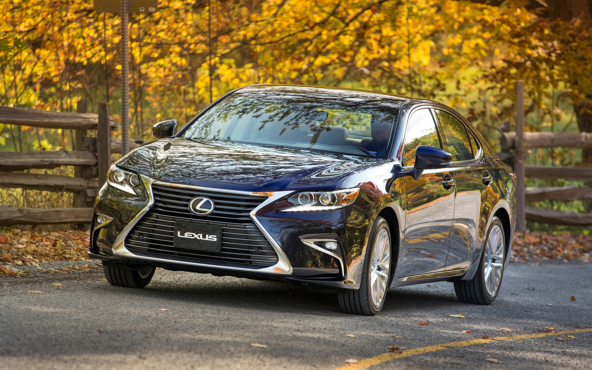2018 lexus es 350 specifications the car guide. Black Bedroom Furniture Sets. Home Design Ideas