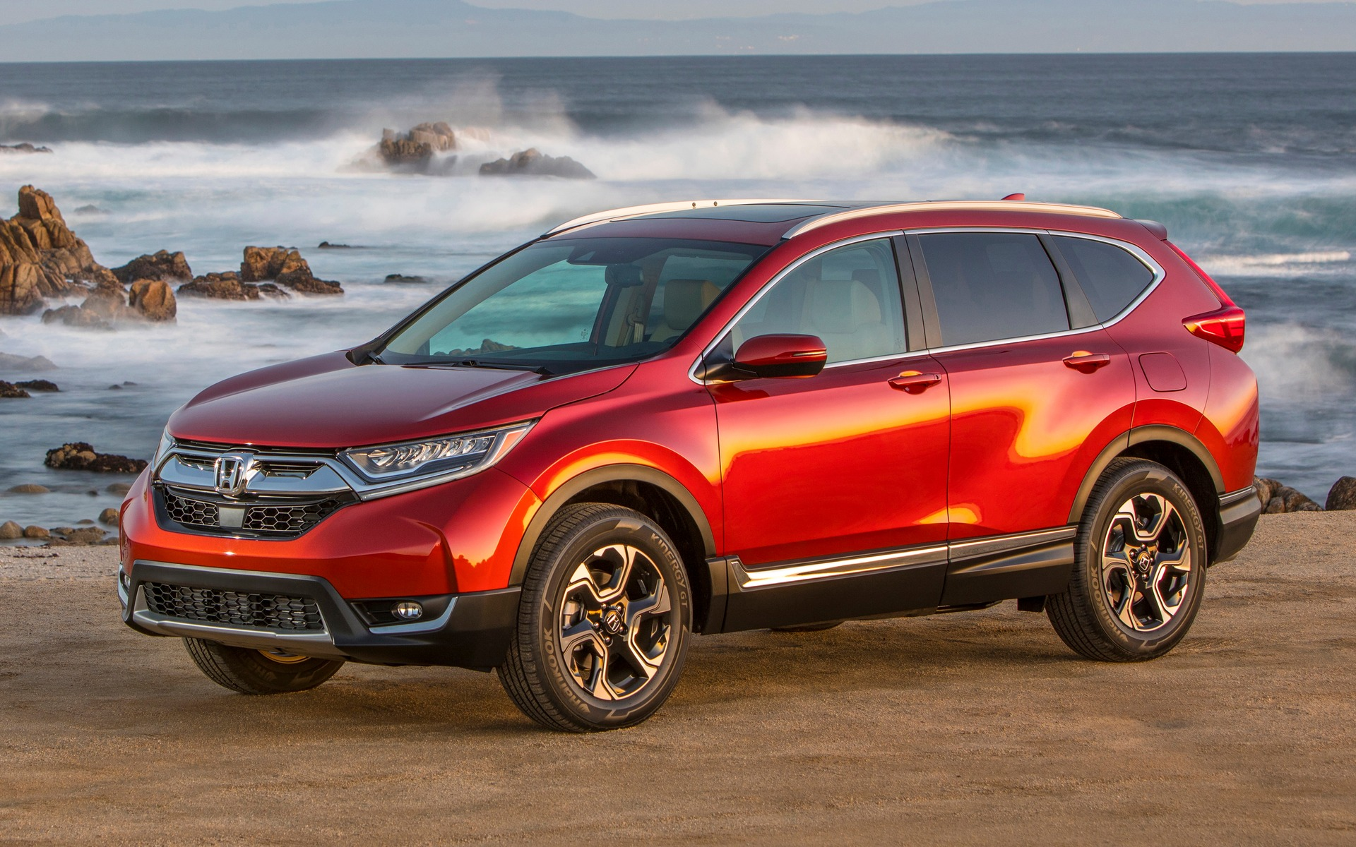 Honda cr v 2018 essais actualit galeries photos et for Honda crv 2017 vs 2018
