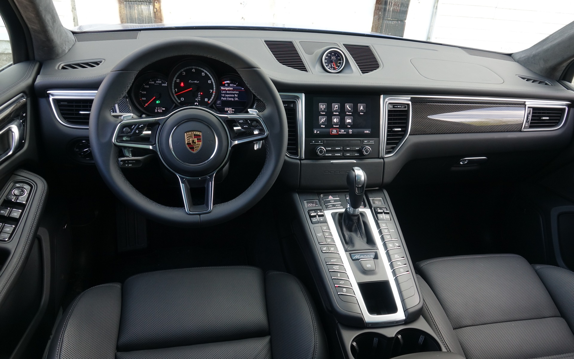 photos porsche macan 2018 3 3 guide auto. Black Bedroom Furniture Sets. Home Design Ideas