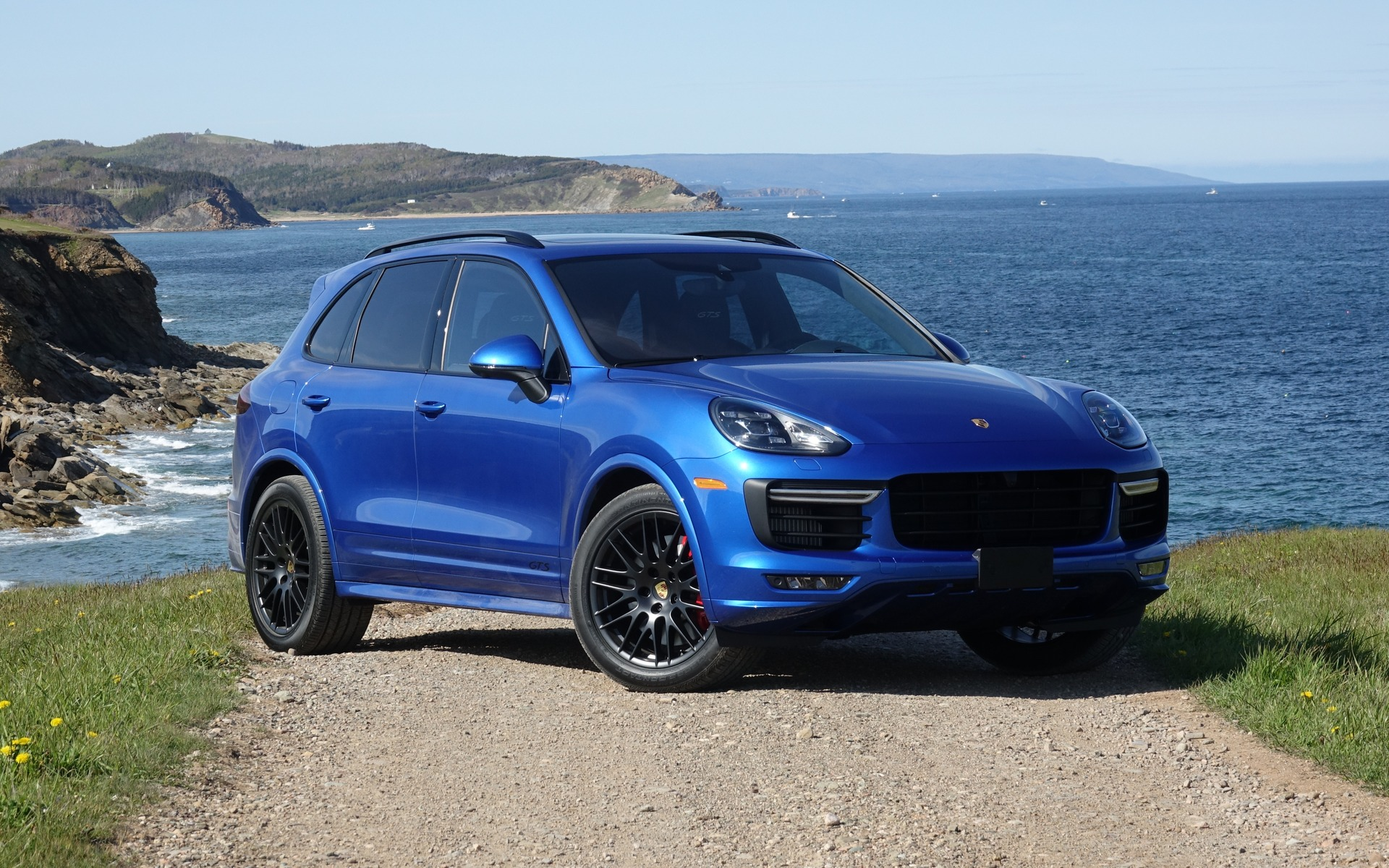 Porsche Cayne 2018 Porsche Cayenne Photos 1 3 The Car
