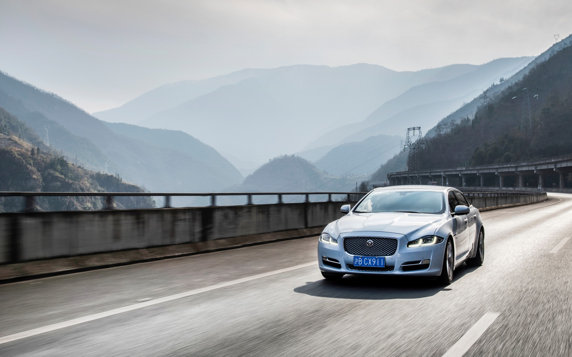 2018 Jaguar XJ RSport Specifications  The Car Guide