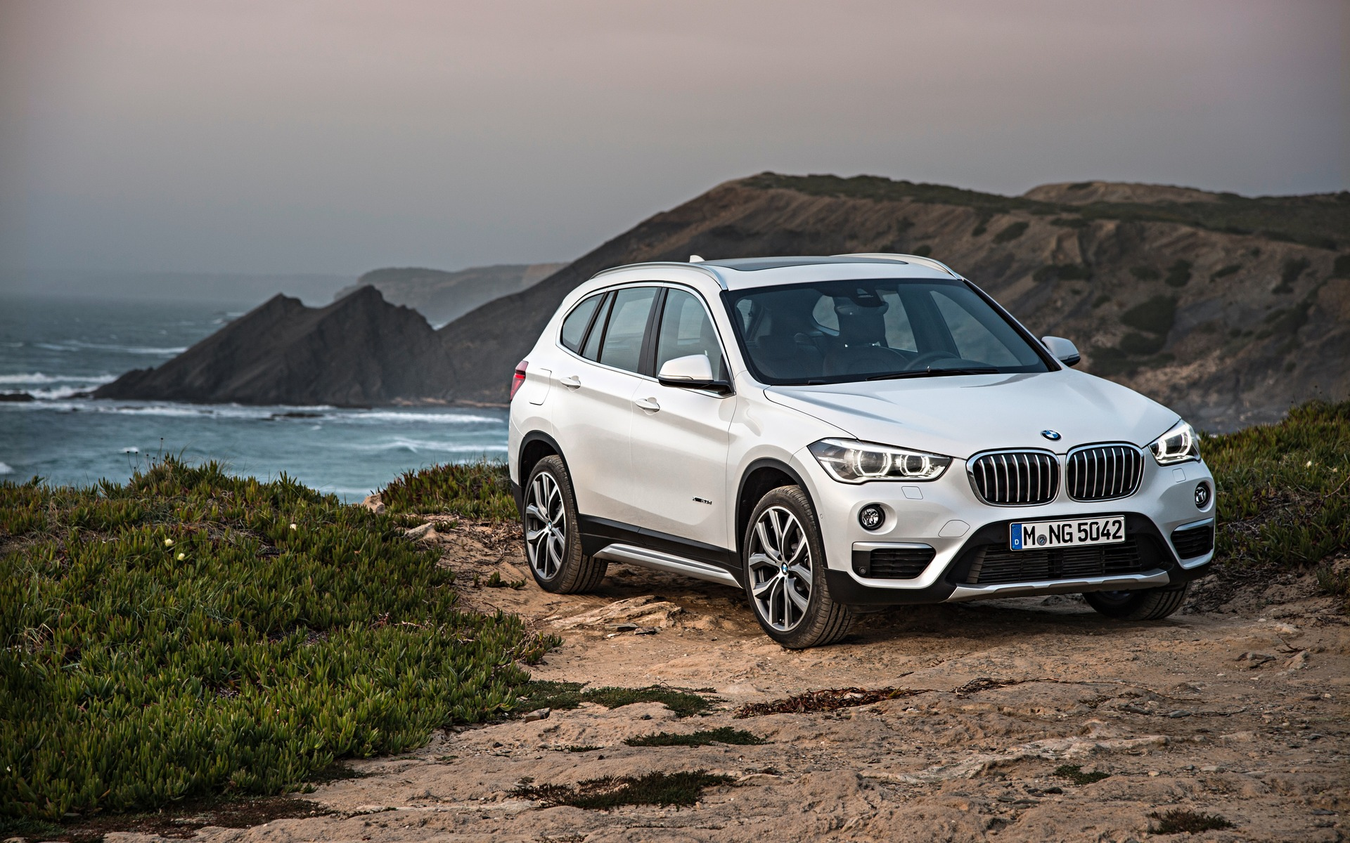 bmw x1 2018 essais actualit galeries photos et vid os guide auto. Black Bedroom Furniture Sets. Home Design Ideas