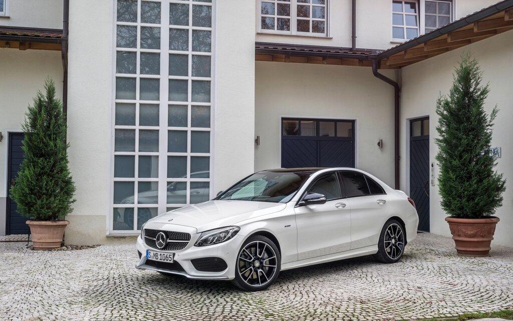 2016 Mercedes Benz Amg E 63 Sedan >> 2018 Mercedes-Benz C-Class AMG C63S Sedan Specifications ...