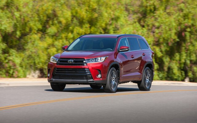 Toyota Highlander Gas Mileage >> 2018 Toyota Highlander Limited Awd Specifications The Car