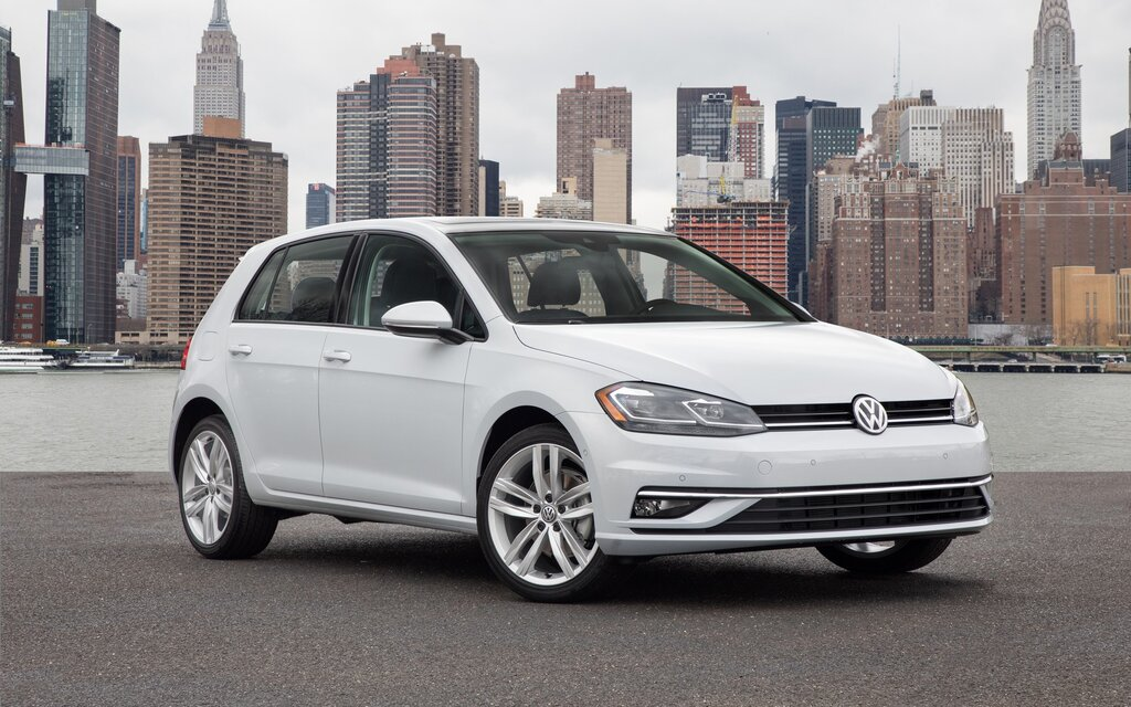 and fwd instrumented s tiguan car test drive photo volkswagen original review reviews driver first