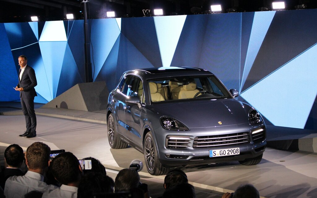 2019 Porsche Cayenne News Reviews Picture Galleries And Videos