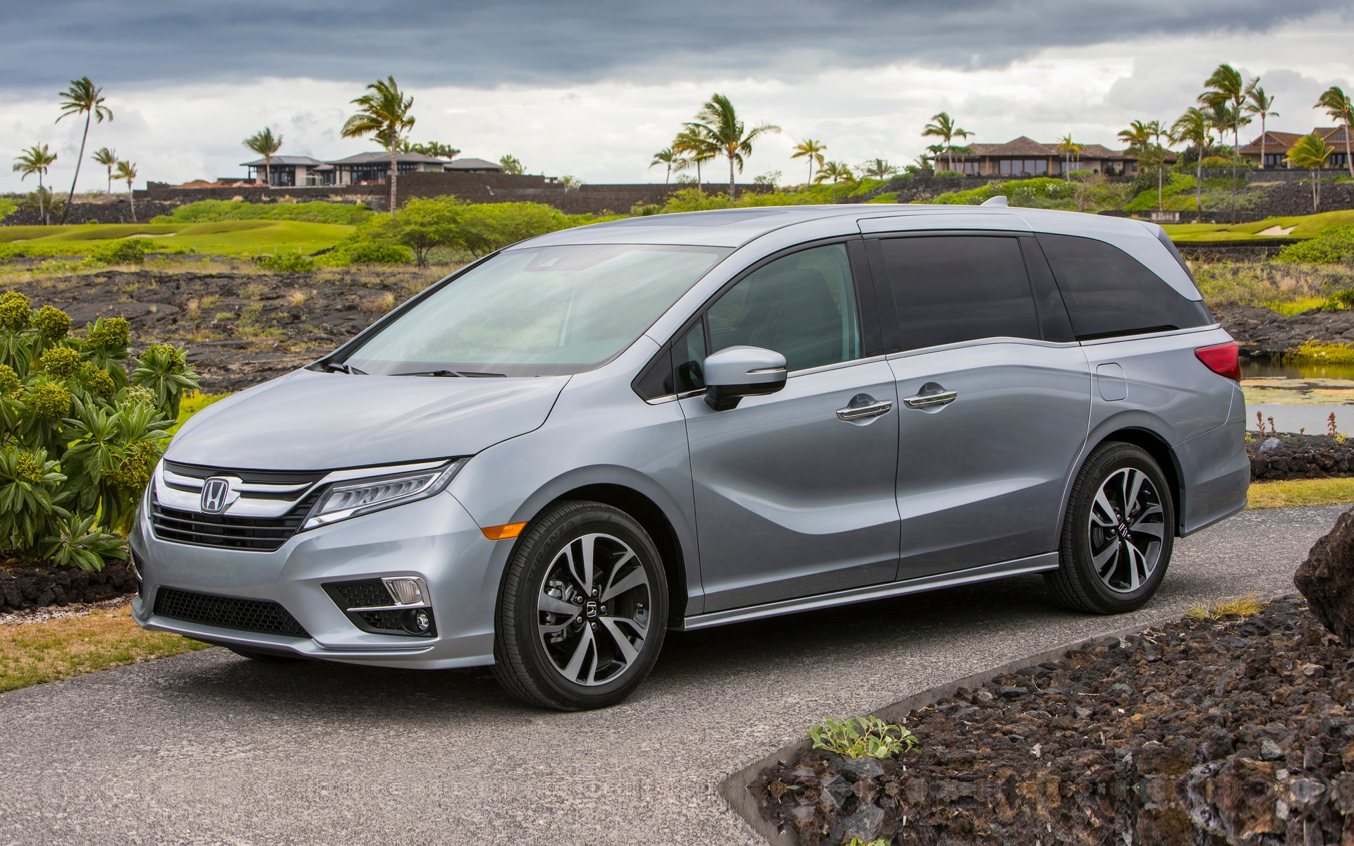 2018 Honda Odyssey News reviews picture galleries and videos