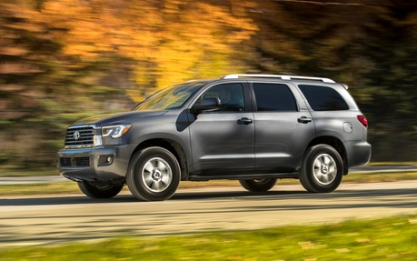 2019 Toyota Sequoia SR5 5.7L V8   Price, Engine, Full Technical  Specifications   The Car Guide / Motoring TV