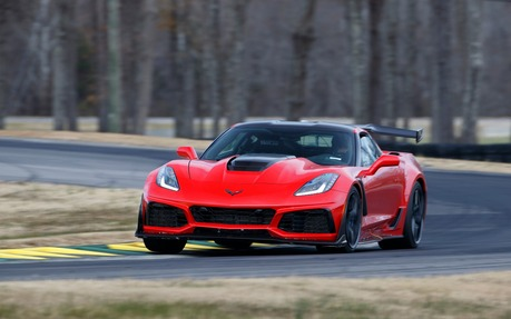2019 Chevrolet Corvette Tests News Photos Videos And Wallpapers