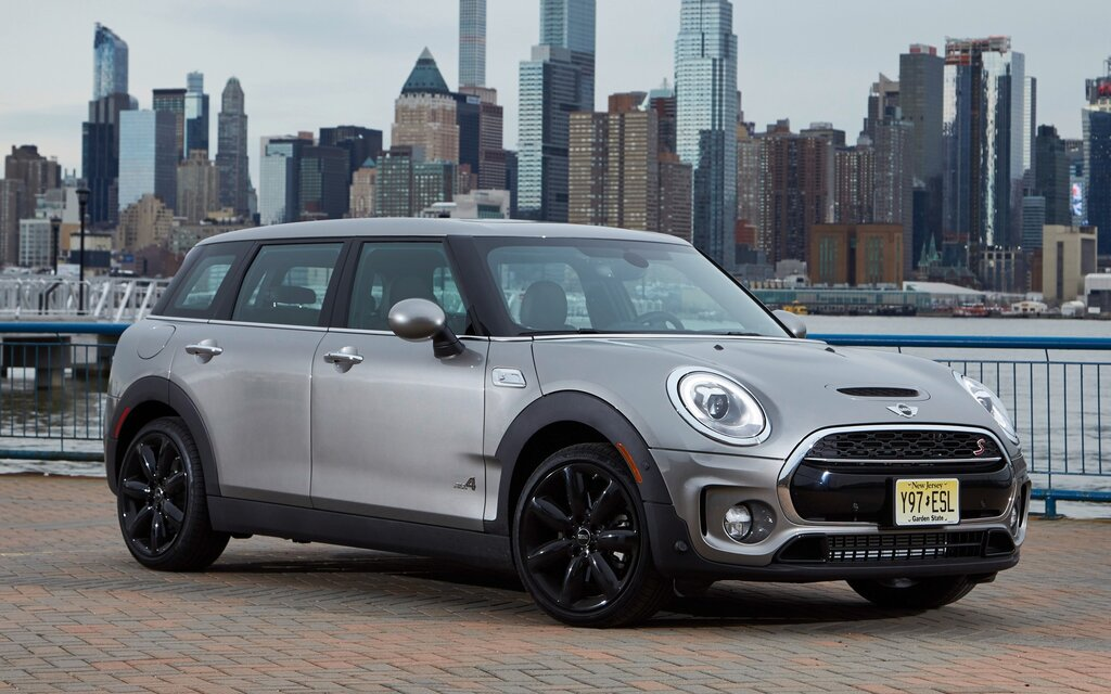 Spécifications Mini Clubman John Cooper Works All4 2019 Guide Auto